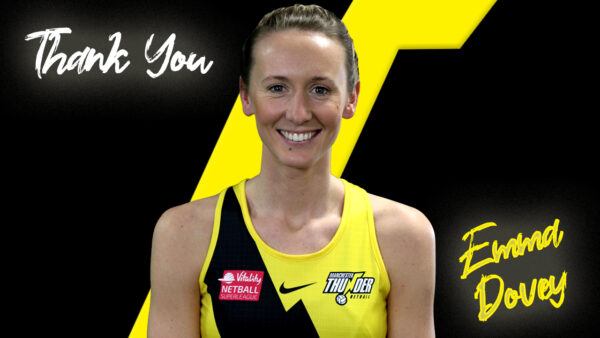 Three time title winning Manchester Thunder captain Emma Dovey announces her retirement from netball